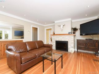 Photo 4:  in VICTORIA: SE Lambrick Park Half Duplex for sale (Saanich East)  : MLS®# 813035