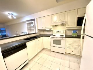 """Photo 8: PH1A 7025 STRIDE Avenue in Burnaby: Edmonds BE Condo for sale in """"SOMERSET HILL"""" (Burnaby East)  : MLS®# R2518301"""