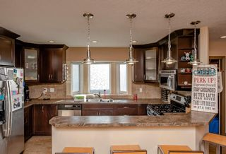 Photo 7: 3712A 41 Street SW in Calgary: Glenbrook Semi Detached for sale : MLS®# A1100932
