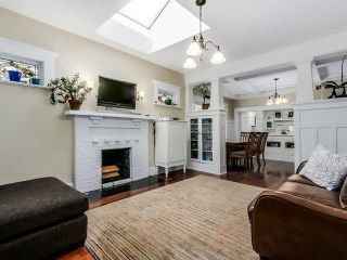 Photo 3: 2085 W 45TH Avenue in Vancouver: Kerrisdale House for sale (Vancouver West)  : MLS®# R2029525