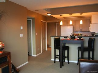 Photo 6: 1207 930 Yates St in VICTORIA: Vi Downtown Condo for sale (Victoria)  : MLS®# 777401