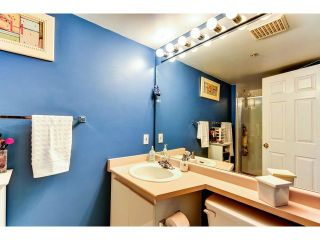 """Photo 7: 305 1199 WESTWOOD Street in Coquitlam: North Coquitlam Condo for sale in """"THE CRESCENT"""" : MLS®# V1052565"""