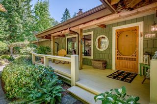 Photo 8: 2982 Smith Rd in Courtenay: CV Courtenay North House for sale (Comox Valley)  : MLS®# 885581