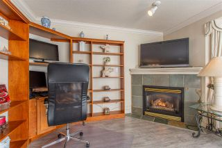 """Photo 4: 10 13630 84 Avenue in Surrey: Bear Creek Green Timbers Townhouse for sale in """"The Trails at Bear Creek"""" : MLS®# R2518680"""