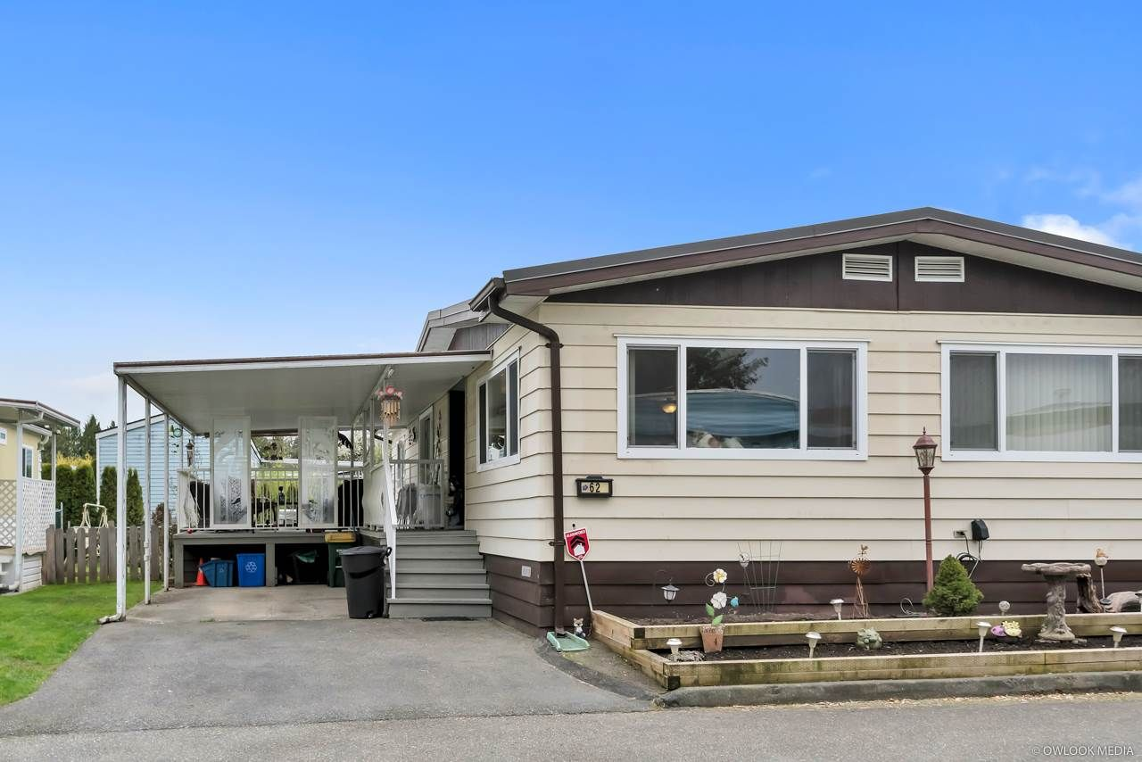 """Main Photo: 62 8254 134 Street in Surrey: Queen Mary Park Surrey Manufactured Home for sale in """"WESTWOOD ESTATES"""" : MLS®# R2356776"""
