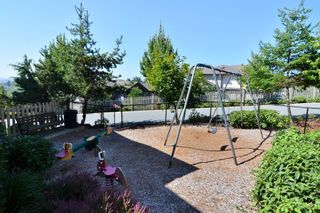"""Photo 21: 41 20350 68 Avenue in Langley: Willoughby Heights Townhouse for sale in """"SUNRIDGE"""" : MLS®# F1420781"""