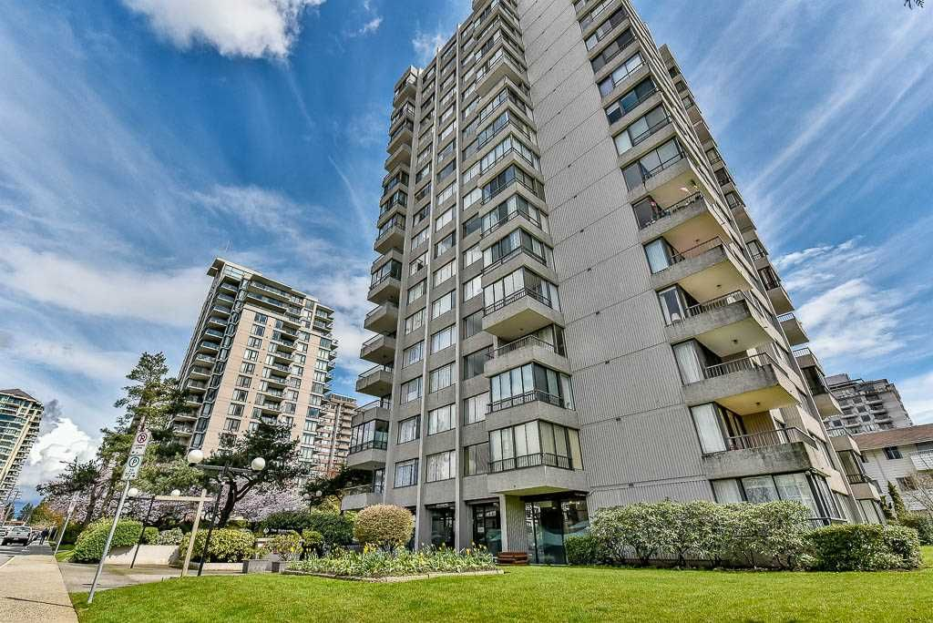 """Main Photo: 804 740 HAMILTON Street in New Westminster: Uptown NW Condo for sale in """"THE STATESMAN"""" : MLS®# R2157031"""