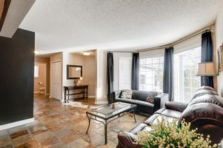 Photo 5: 127 Hawkmount Close NW in Calgary: Hawkwood Detached for sale : MLS®# A1094482