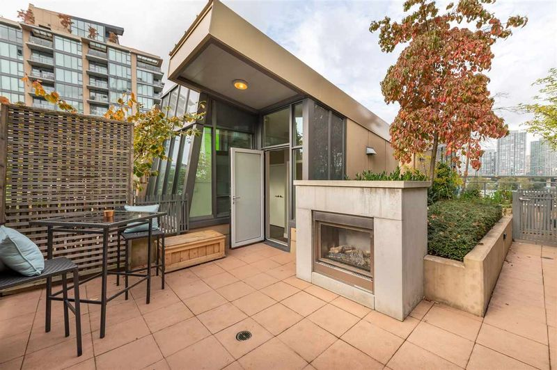 FEATURED LISTING: 315 - 288 1ST Avenue West Vancouver