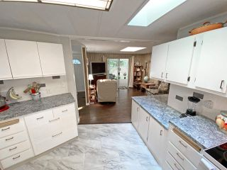 """Photo 14: 19 2306 198 Street in Langley: Brookswood Langley Manufactured Home for sale in """"CEDAR LANE SENIORS PARK"""" : MLS®# R2497884"""
