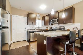 """Photo 7: 109 368 ELLESMERE Avenue in Burnaby: Capitol Hill BN Townhouse for sale in """"HILLTOP GREENE"""" (Burnaby North)  : MLS®# R2500245"""