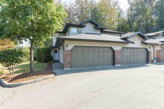 """Photo 1: 33 36060 OLD YALE Road in Abbotsford: Abbotsford East Townhouse for sale in """"Mountain View Village"""" : MLS®# R2303017"""