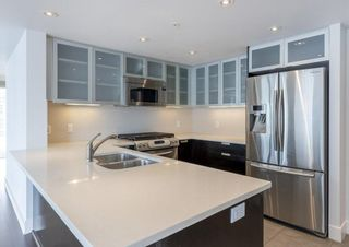 Photo 5: 2504 1205 West Hastings Street in Vancouver: Coal Harbour Condo for sale (Vancouver West)  : MLS®# R2388523