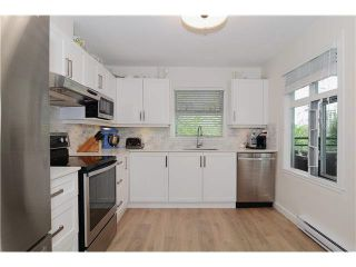 """Photo 1: 301 788 W 14TH Avenue in Vancouver: Fairview VW Condo for sale in """"OAKWOOD WEST"""" (Vancouver West)  : MLS®# V1079669"""