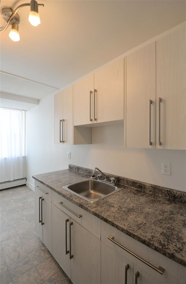 """Photo 4: Photos: 905 1501 QUEENSWAY Street in Prince George: Connaught Condo for sale in """"CONNAUGHT HILL RESIDENCES"""" (PG City Central (Zone 72))  : MLS®# R2526109"""