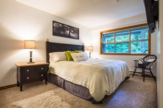 """Photo 3: 418 4800 SPEARHEAD Drive in Whistler: Benchlands Condo for sale in """"Aspens"""" : MLS®# R2236924"""