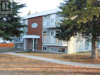 Photo 1: 414 41 STREET in Edson: Condo for sale : MLS®# AW52770