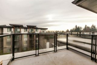 """Photo 11: 416 7418 BYRNEPARK Walk in Burnaby: South Slope Condo for sale in """"GREEN"""" (Burnaby South)  : MLS®# R2229832"""