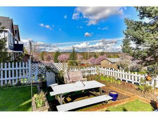 """Photo 5: 7967 138A Street in Surrey: East Newton House for sale in """"EAST NEWTON"""" : MLS®# R2046454"""