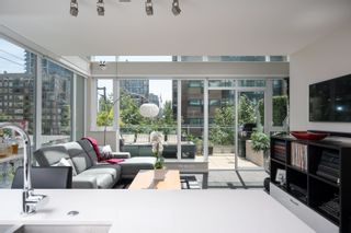 """Photo 3: 306 1351 CONTINENTAL Street in Vancouver: Downtown VW Condo for sale in """"THE MADDOX"""" (Vancouver West)  : MLS®# R2617899"""