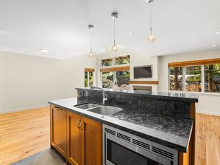 """Photo 7: 18 2641 WHISTLER Road in Whistler: Nordic Townhouse for sale in """"Powderwood"""" : MLS®# R2606154"""