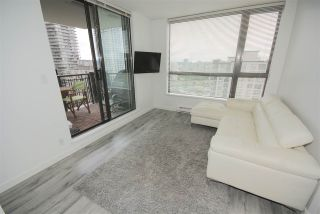 """Photo 2: 1208 813 AGNES Street in New Westminster: Downtown NW Condo for sale in """"NEWS"""" : MLS®# R2391706"""
