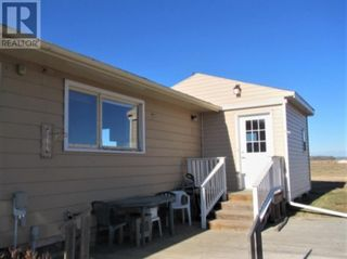 Photo 2: 834043 HIGHWAY 685 in Rural Clear Hills County: House for sale : MLS®# A1050461