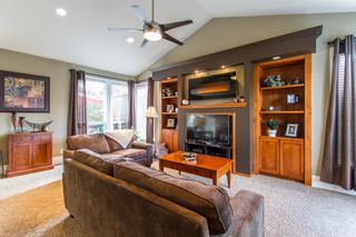Photo 2: 11008 237B Street in Maple Ridge: Cottonwood MR House for sale : MLS®# R2407120
