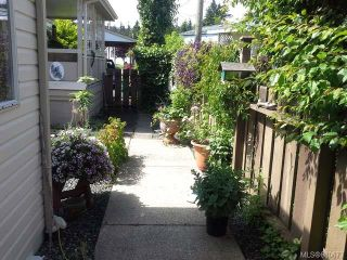 Photo 1: 16 129 Meridian Way in PARKSVILLE: PQ Parksville Manufactured Home for sale (Parksville/Qualicum)  : MLS®# 680673