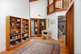 Photo 9: 8735 Pender Park Dr in North Saanich: NS Dean Park House for sale : MLS®# 868899