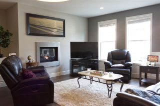 """Photo 6: 16 1640 MACKAY Crescent: Agassiz Townhouse for sale in """"The Langtry"""" : MLS®# R2547679"""