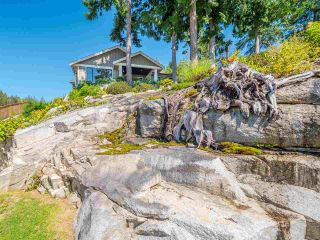 """Photo 32: 5557 PEREGRINE Crescent in Sechelt: Sechelt District House for sale in """"SilverStone Heights"""" (Sunshine Coast)  : MLS®# R2492023"""