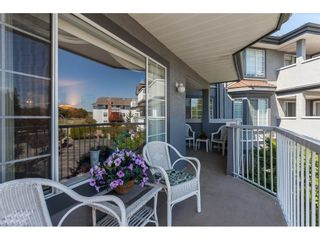 """Photo 15: 201 5375 205 Street in Langley: Langley City Condo for sale in """"Glenmont Park"""" : MLS®# R2482379"""