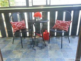 Photo 6: 303 1122 Hilda St in VICTORIA: Vi Fairfield West Condo for sale (Victoria)  : MLS®# 698197