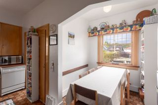"""Photo 6: 2751 OXFORD Street in Vancouver: Hastings East House for sale in """"Hastings-Sunrise"""" (Vancouver East)  : MLS®# R2306936"""