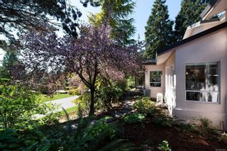Photo 4: 8592 Deception Pl in : NS Dean Park House for sale (North Saanich)  : MLS®# 872952