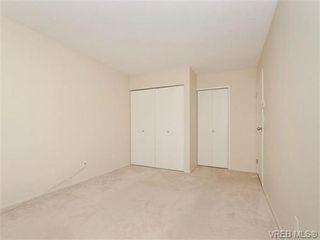 Photo 11: 404 2520 Wark St in VICTORIA: Vi Hillside Condo for sale (Victoria)  : MLS®# 692859
