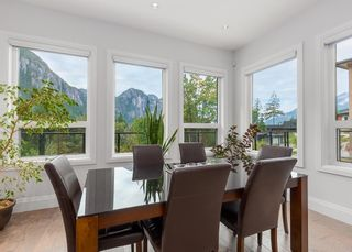 """Photo 10: 2237 WINDSAIL Place in Squamish: Plateau House for sale in """"Crumpit Woods"""" : MLS®# R2621159"""
