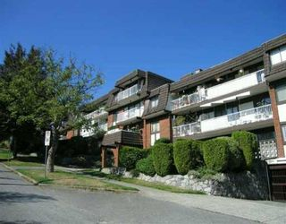 """Photo 1: 207 331 KNOX Street in New Westminster: Sapperton Condo for sale in """"WESTMOUNT ARMS"""" : MLS®# V798218"""