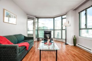 """Photo 6: 1906 888 HAMILTON Street in Vancouver: Downtown VW Condo for sale in """"ROSEDALE GARDEN"""" (Vancouver West)  : MLS®# R2542026"""