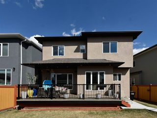 Photo 5: 2116 22 Street in Edmonton: Zone 30 House for sale : MLS®# E4247388