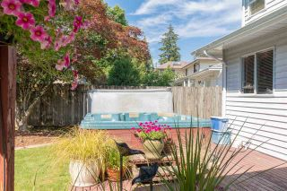 """Photo 19: 15550 98A Avenue in Surrey: Guildford House for sale in """"BRIARWOOD"""" (North Surrey)  : MLS®# R2291832"""