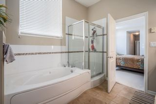 """Photo 11: 801 1581 FOSTER Street: White Rock Condo for sale in """"Sussex House"""" (South Surrey White Rock)  : MLS®# R2603726"""