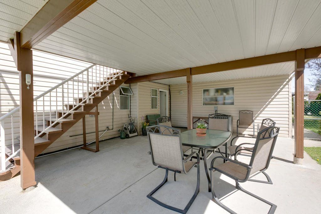 """Photo 7: Photos: 12403 188 Street in Pitt Meadows: West Meadows House for sale in """"HIGHLAND PARK AREA"""" : MLS®# R2261078"""