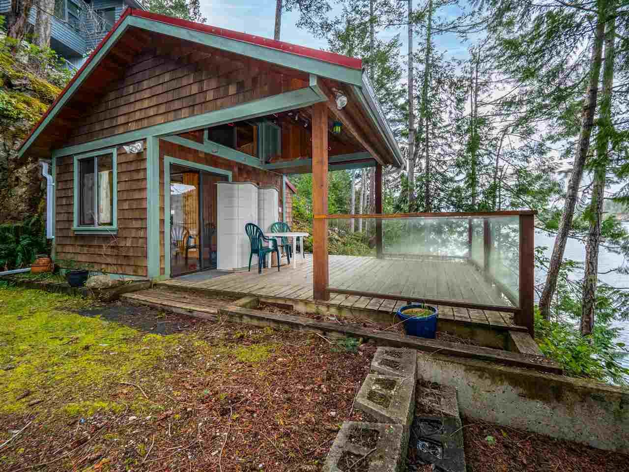 Photo 2: Photos: 4216 FRANCIS PENINSULA Road in Madeira Park: Pender Harbour Egmont House for sale (Sunshine Coast)  : MLS®# R2549311