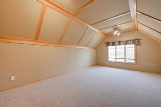 Photo 23: 227 LINDSAY Crescent in Edmonton: Zone 14 House for sale : MLS®# E4265520