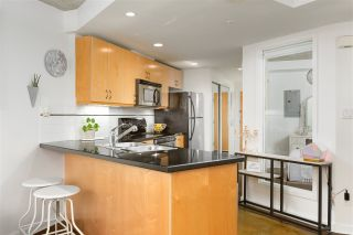 """Photo 6: 905 STATION Street in Vancouver: Strathcona Townhouse for sale in """"THE LEFT BANK"""" (Vancouver East)  : MLS®# R2529549"""