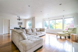 Photo 6: 1972 DUNROBIN CRESCENT in North Vancouver: Blueridge NV House for sale : MLS®# R2391503