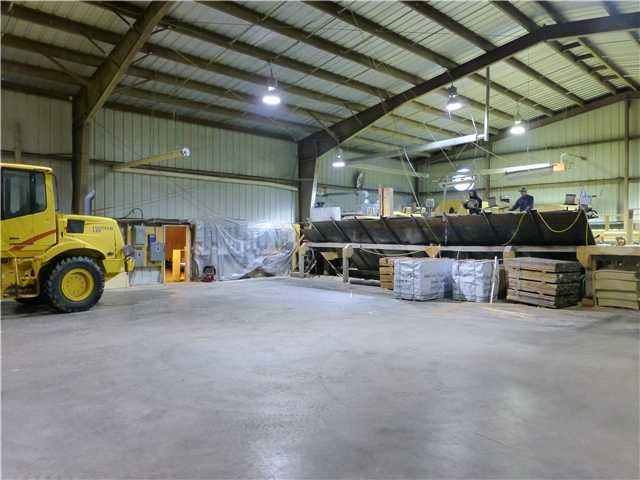 Photo 3: Photos: 4068 MCLEAN Road in QUESNEL: Quesnel - Rural North Commercial for sale (Quesnel (Zone 28))  : MLS®# N4506037