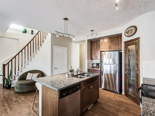 Photo 6: 332c Silvergrove Place NW in Calgary: Silver Springs Detached for sale : MLS®# A1088250